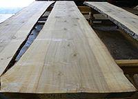 Live sawn sap gum lumber
