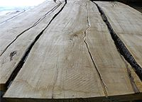 Live sawn soft maple lumber